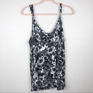 Torrid Black & White Floral Cami Tank Top Size 3